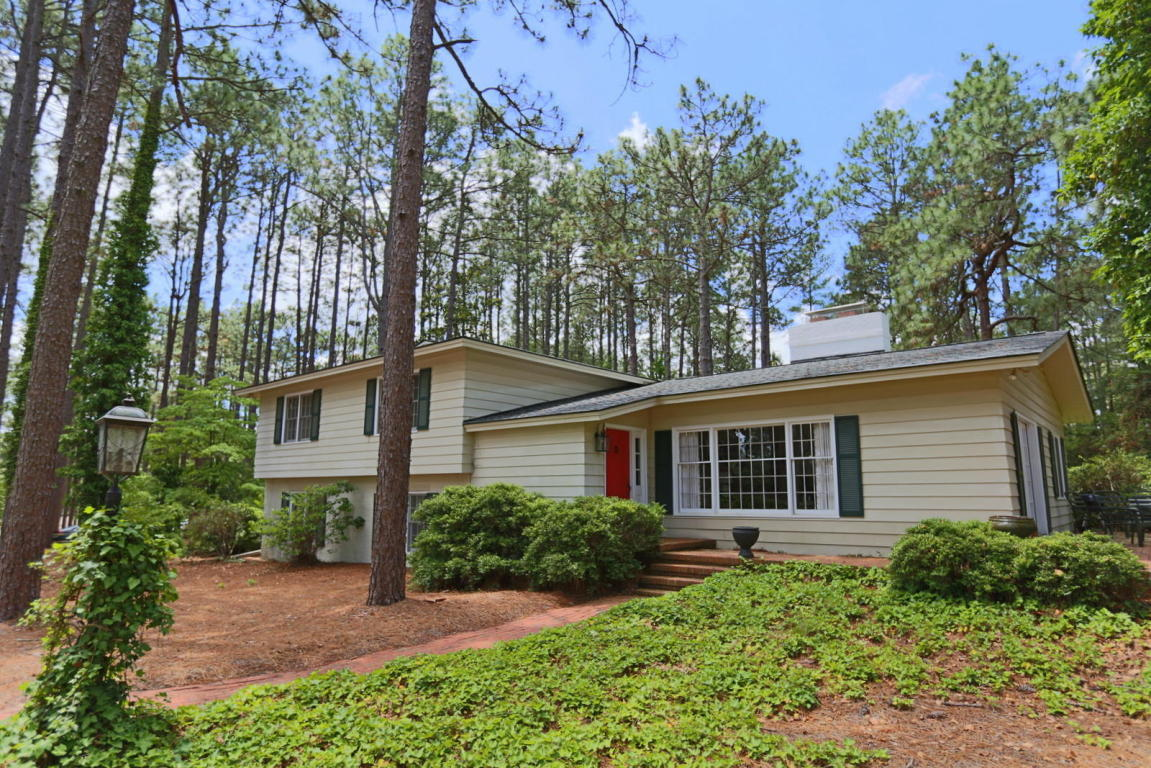 45  Huntington Valley Drive, Pinehurst in Moore County, NC 28374 Home for Sale