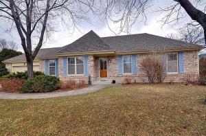 Property for sale at 786 Byron Dr, Oconomowoc,  WI 53066