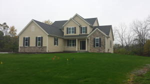 S72W16427 Glen Cove Ct, Muskego, WI 53150