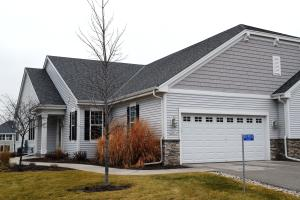 Property for sale at N53W35216 Lighthouse Ln Unit: 64-1, Oconomowoc,  WI 53066