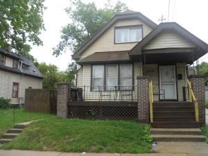 123 E Chambers St, Milwaukee, WI 53212
