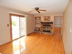 S104W20761 Cindy Dr, Muskego, WI 53150
