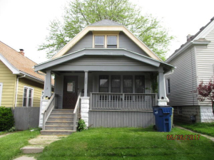 220 E Rosedale Ave, Milwaukee, WI 53207
