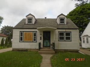 5301 N 58th St, Milwaukee, WI 53218