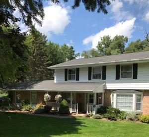 19650 Timberline Dr, Brookfield, WI 53045