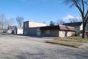 Property for sale at 602 Union St, Oconomowoc,  WI 53066