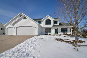 Property for sale at 332 Leona Way, Oakfield,  WI 53065