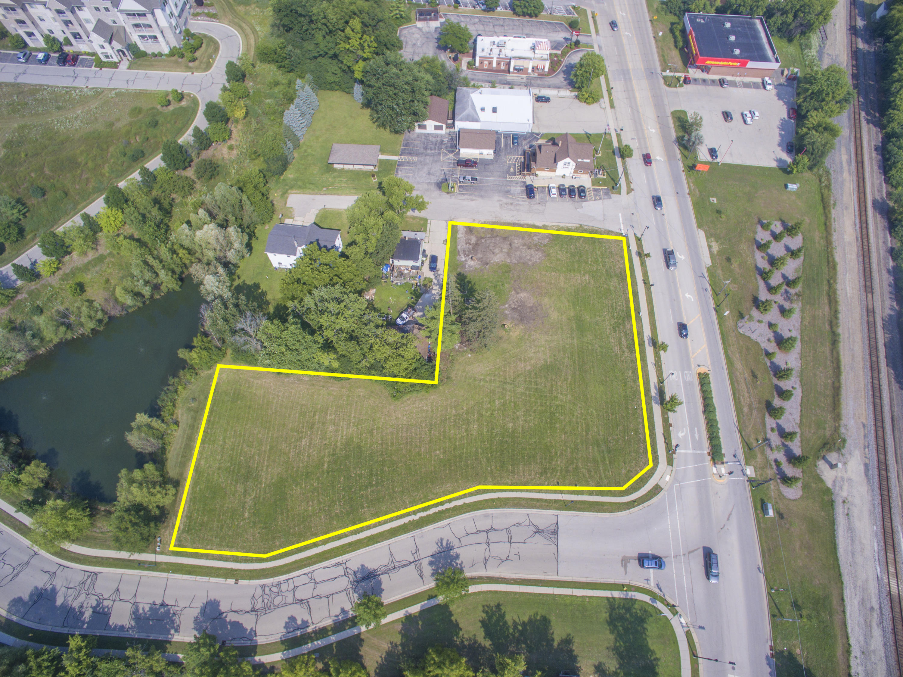 828 Wisconsin Ave, Oconomowoc, Wisconsin 53066, ,Vacant Land,For Sale,Wisconsin Ave,1597174