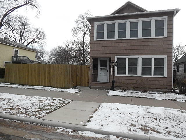 1506 Johnson St<br /> La Crosse,La Crosse,54601,2 Bedrooms Bedrooms,1 BathroomBathrooms,Two-family,Johnson St,1614944