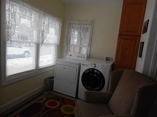 1506 Johnson St<br /> La Crosse,La Crosse,54601,2 Bedrooms Bedrooms,1 BathroomBathrooms,Two-family,Johnson St,1614944