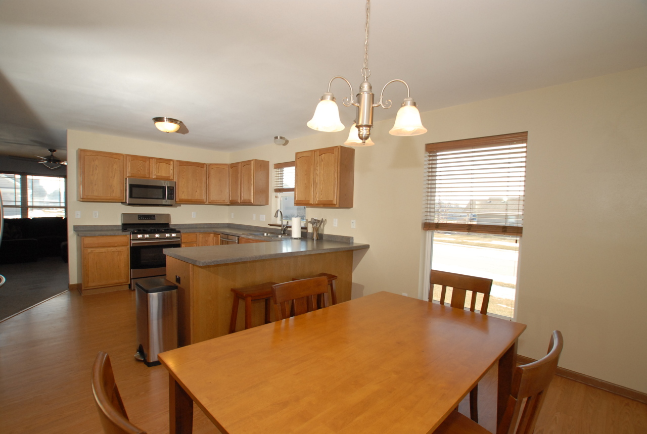 Photo #3 of 3820 Green Meadows Dr