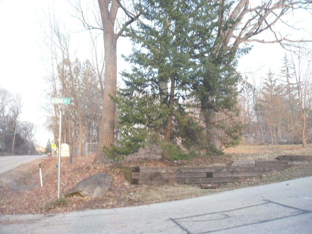 Photo #6 of 1344 Lakeshore Dr