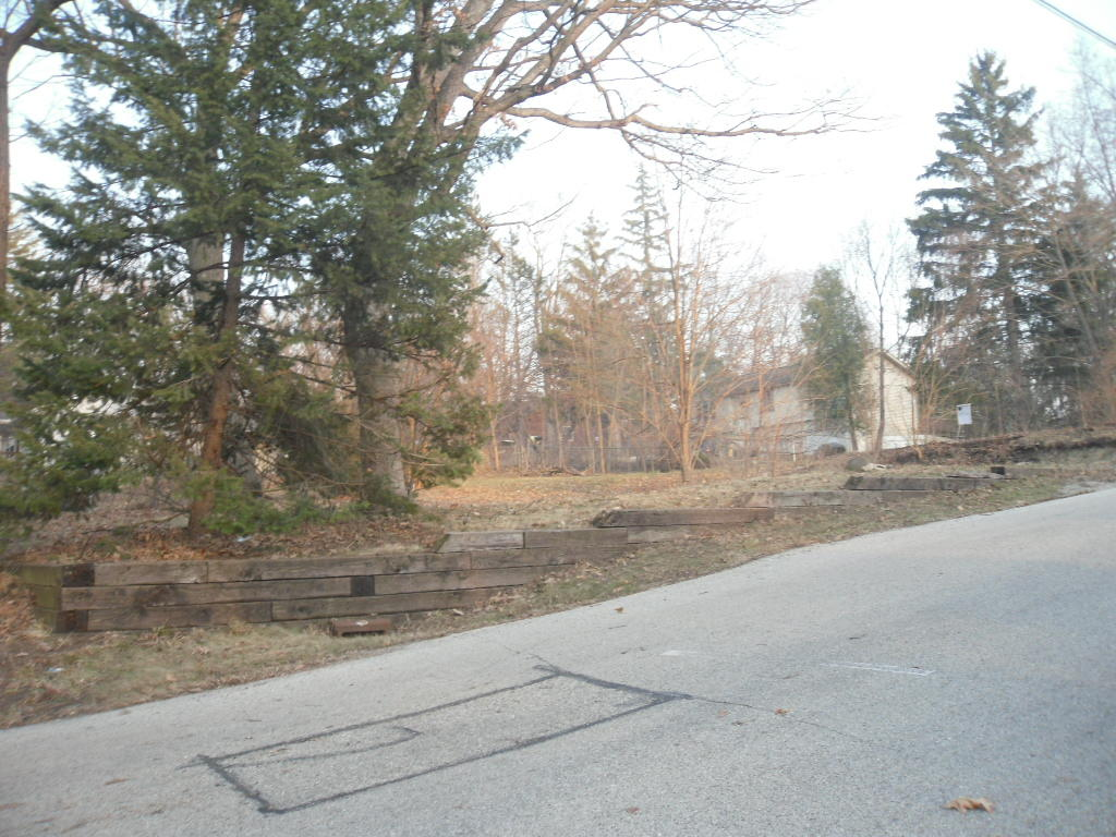 Photo #7 of 1344 Lakeshore Dr