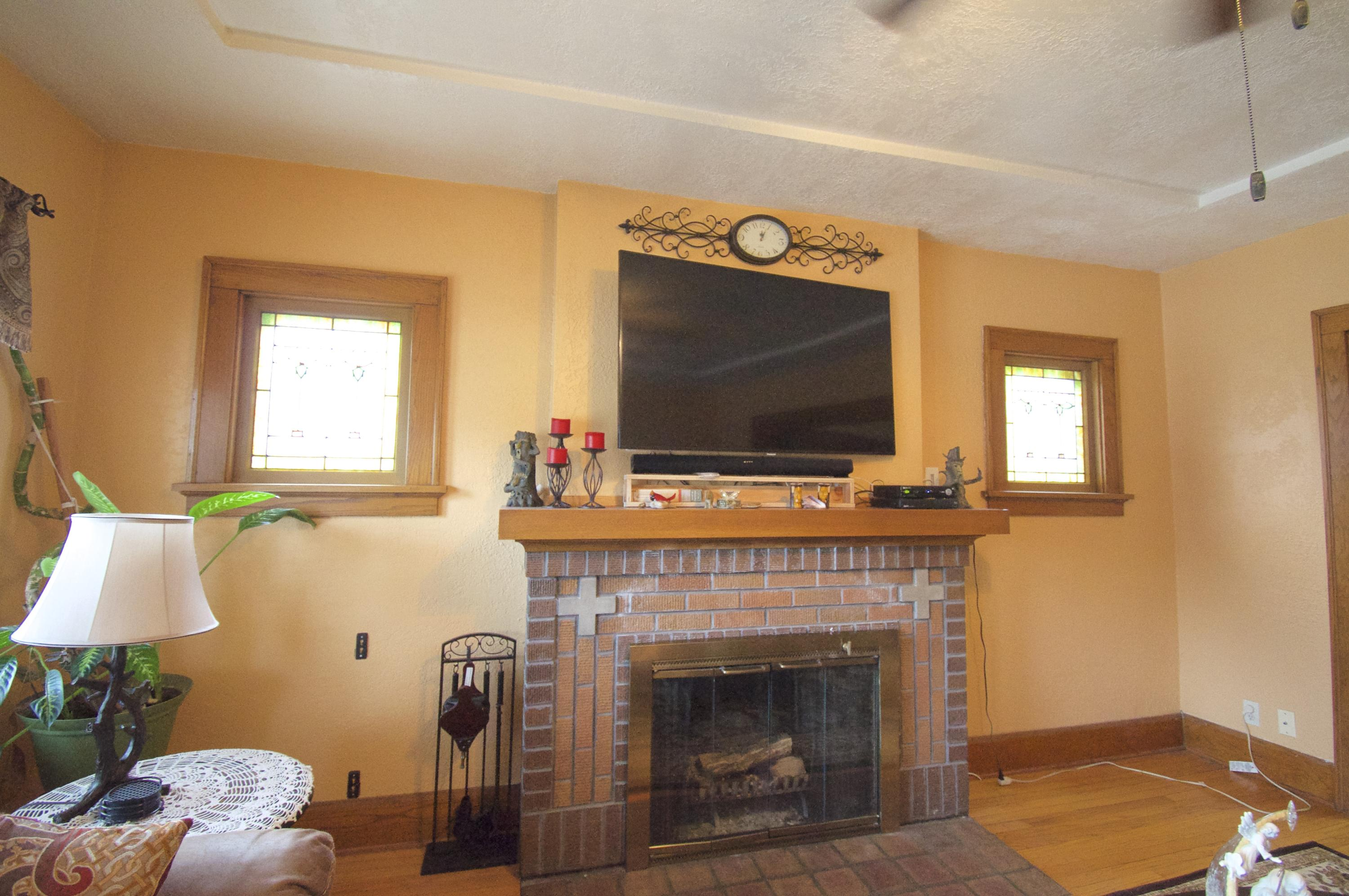 Photo #5 of 3713 Lindermann AVE