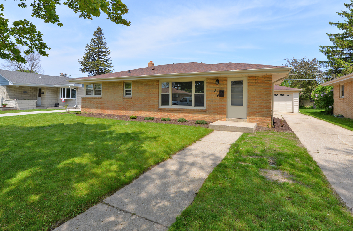 814 MONTCLAIR DR, RACINE, WI 53402 | Becker Stong Real Estate Group, Inc