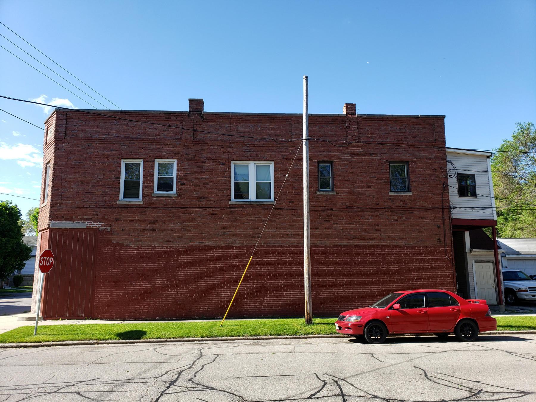 Photo #1 of 6800 Sheridan Rd