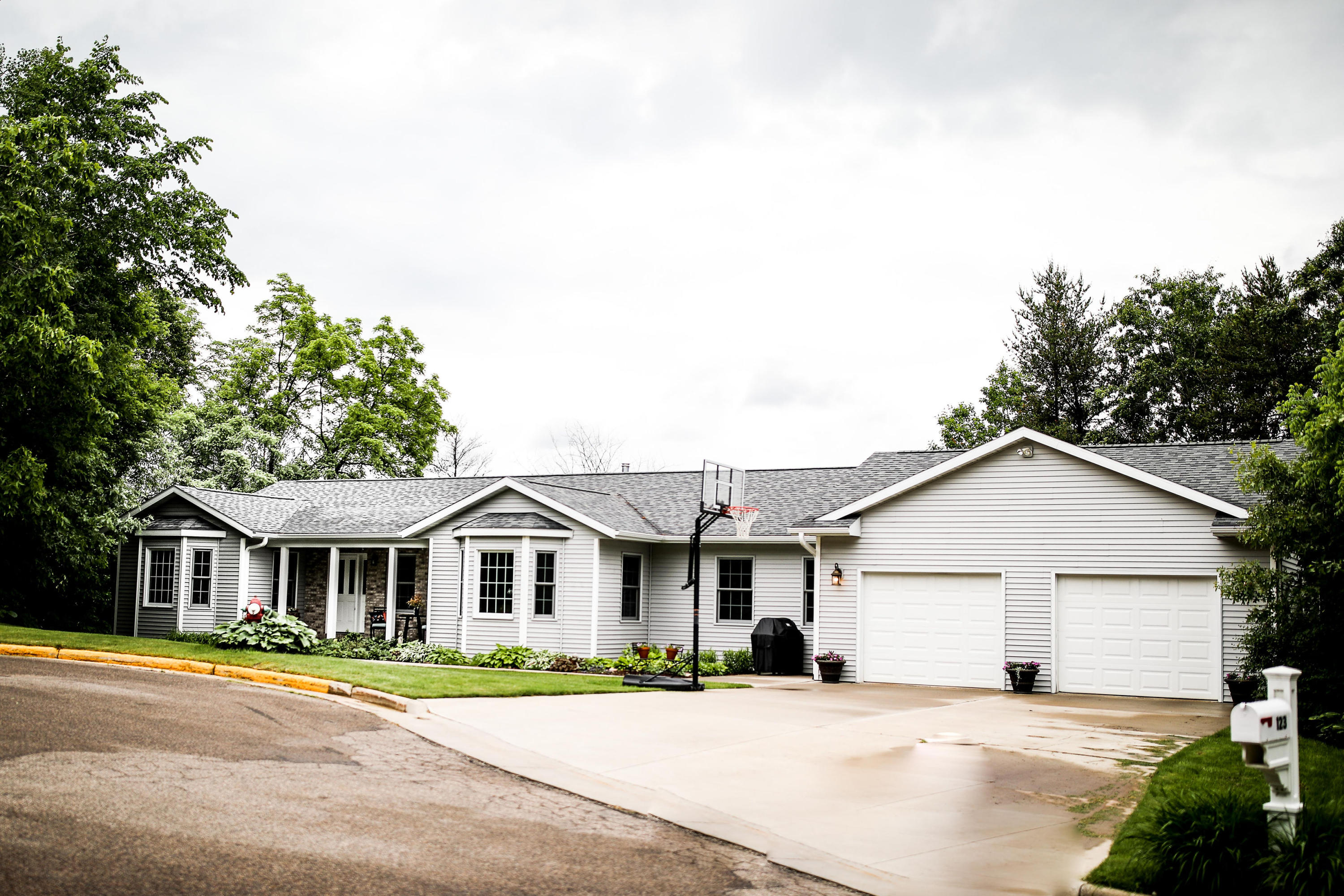 Photo of 123 Torreyview DR, Sparta, WI 54656