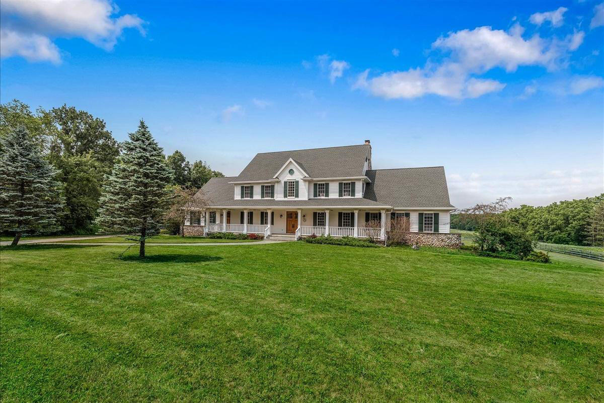 Photo of W3888 Potter Rd, Elkhorn, WI 53121
