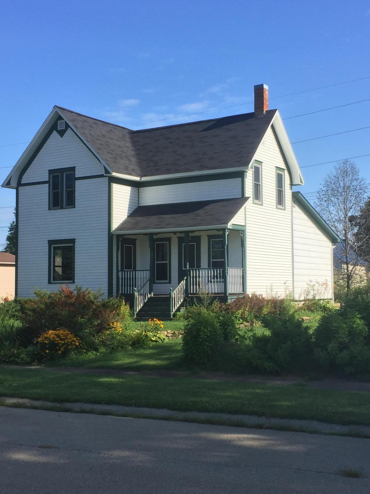 Photo of 212 PARK ST, Gays Mills, WI 54631