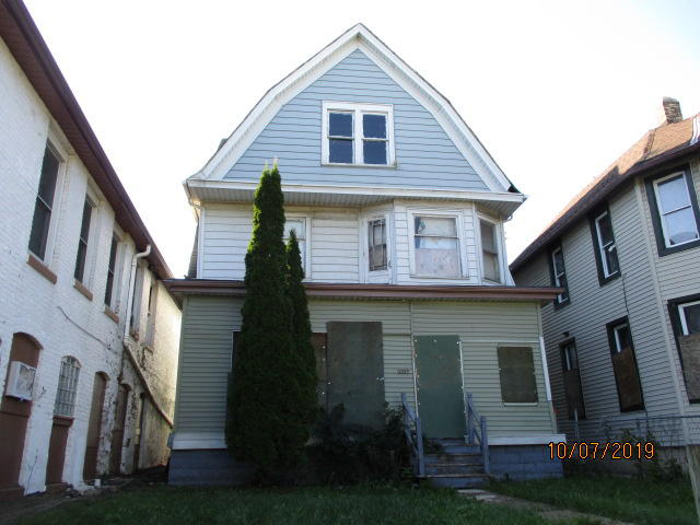 2523 Teutonia Ave, Milwaukee, Wisconsin 53206, 5 Bedrooms Bedrooms, 10 Rooms Rooms,2 BathroomsBathrooms,Single-family,For Sale,Teutonia Ave,1662564