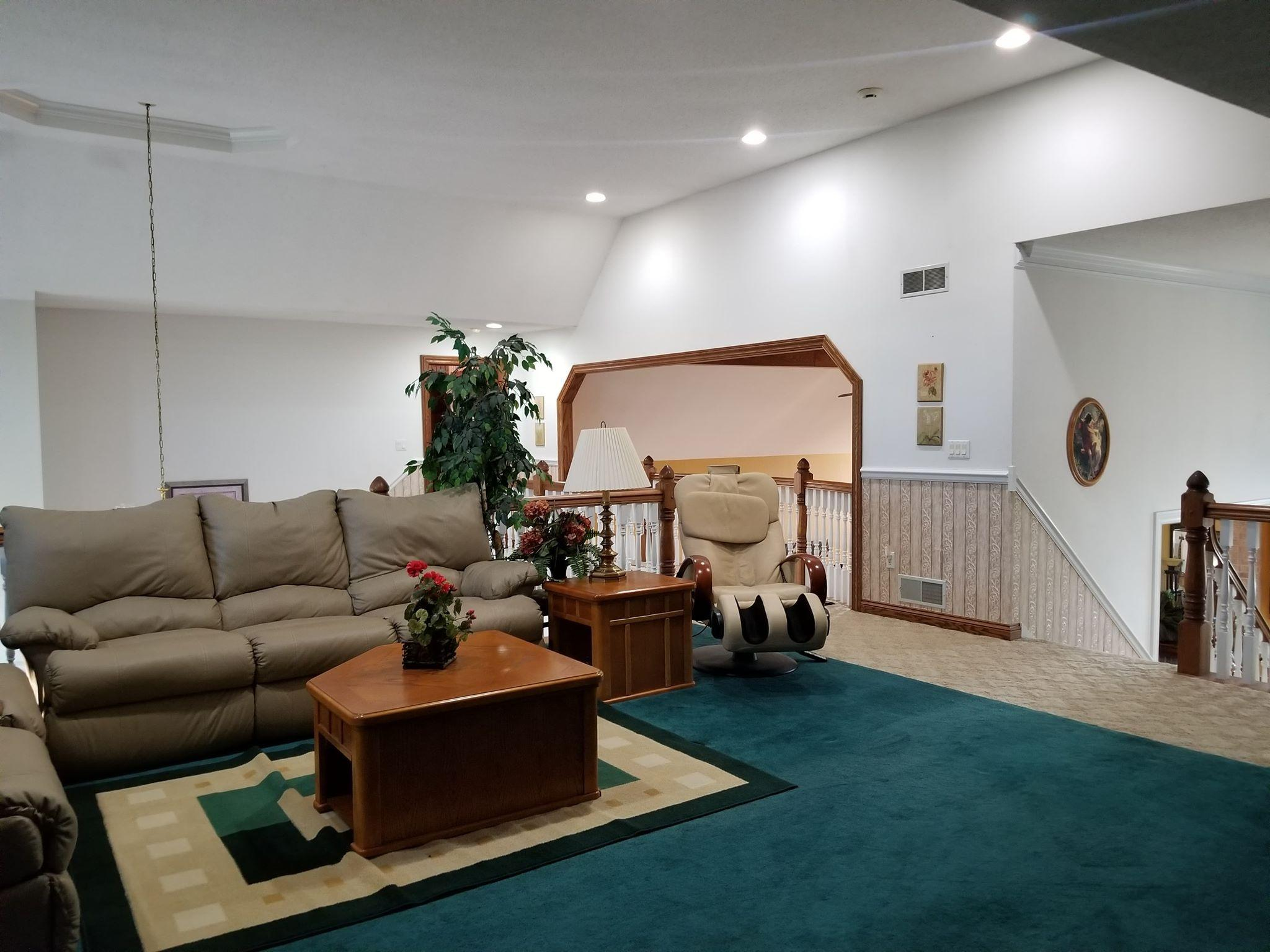 18990 Coffee Rd, New Berlin, Wisconsin 53146, 5 Bedrooms Bedrooms, 13 Rooms Rooms,4 BathroomsBathrooms,Single-family,For Sale,Coffee Rd,1663592