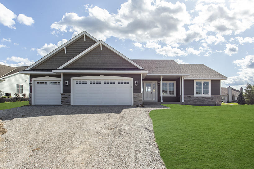 Real Estate Property Listing ID: 1663724