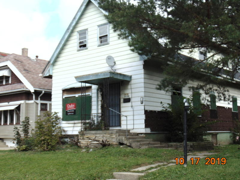 3838 13th St, Milwaukee, Wisconsin 53206, ,Two-family,For Sale,13th St,1659453