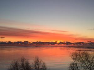 Sunrises over the Lake Michigan