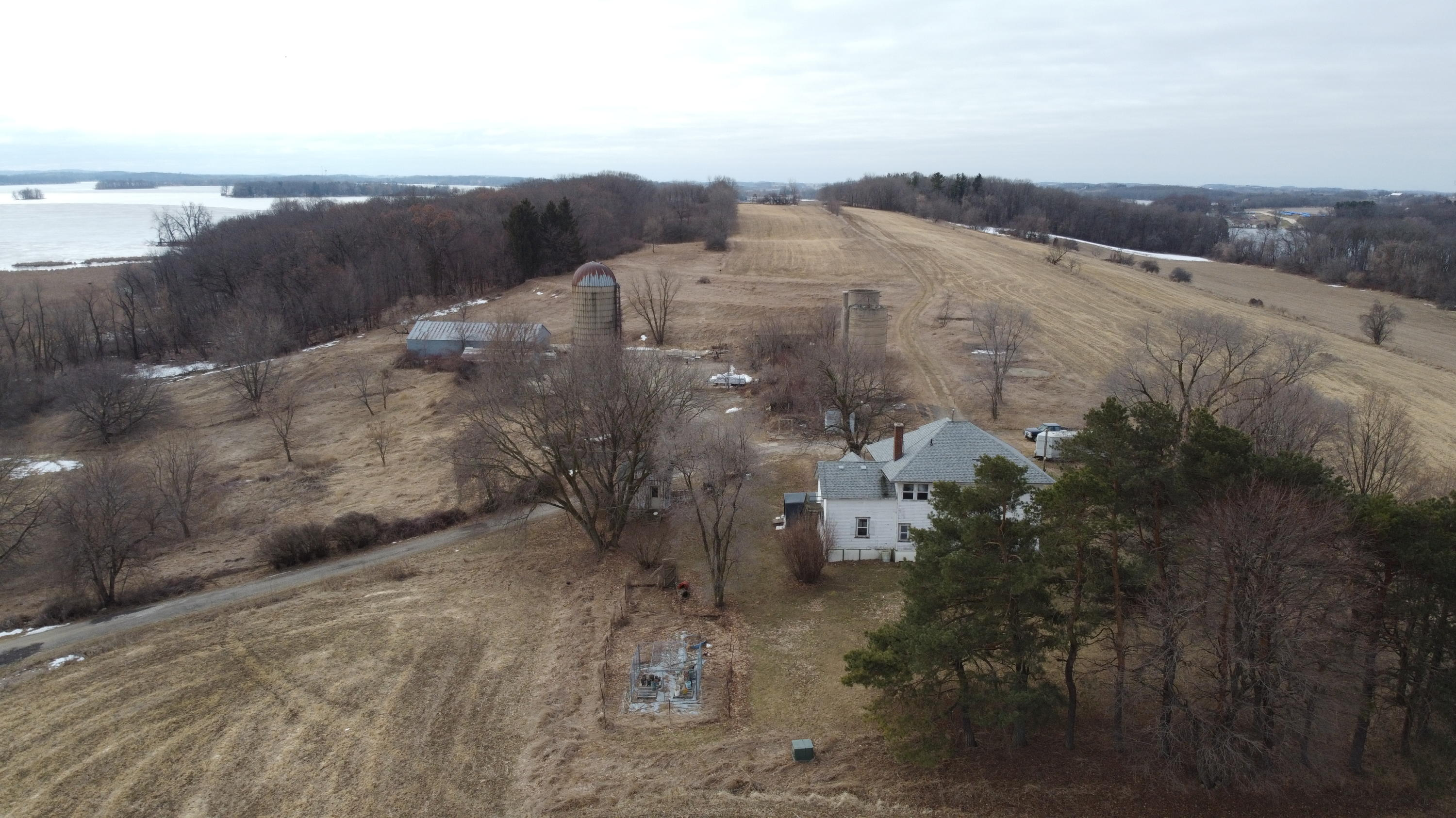 Photo of N5625 W Horseshoe Rd, Horicon, WI 53032