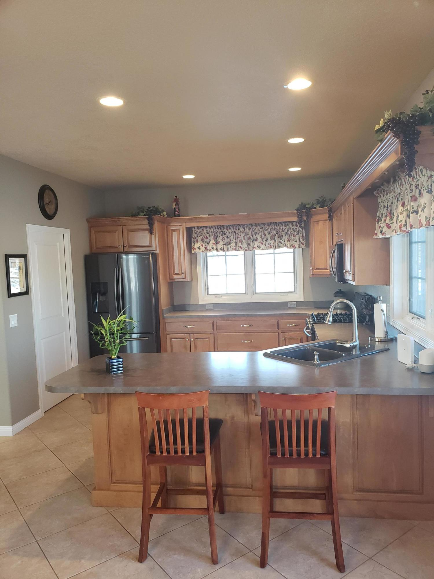 1107 South St, Whitewater, Wisconsin 53190, 3 Bedrooms Bedrooms, 7 Rooms Rooms,2 BathroomsBathrooms,Single-family,For Sale,South St,1684983