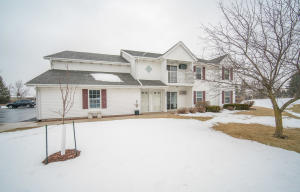 Property for sale at 294 Minz Park Cir Unit: 1, West Bend,  Wisconsin 53095