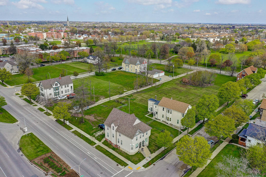1417 Juneau Ave, Milwaukee, Wisconsin 53233, ,Vacant Land,For Sale,Juneau Ave,1683209