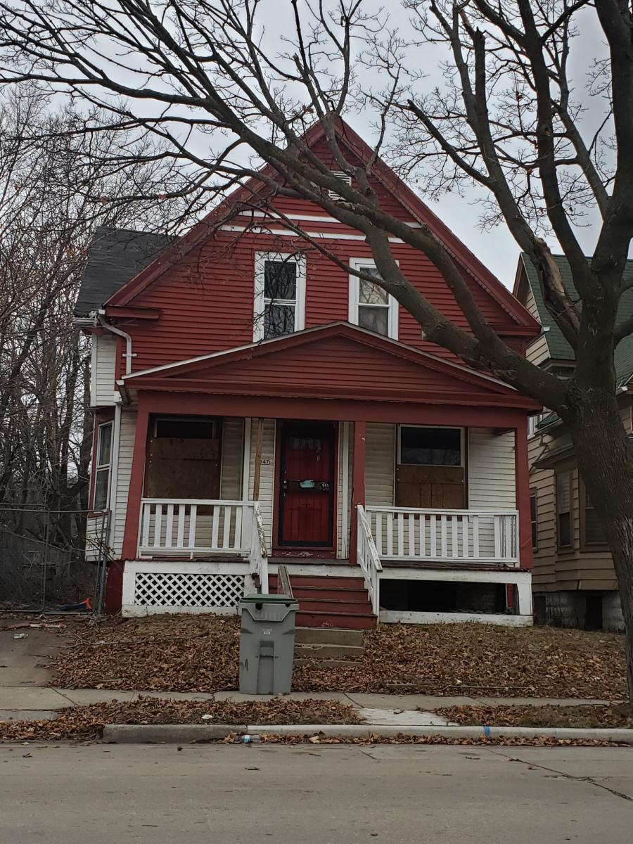 3047 12th St, Milwaukee, Wisconsin 53206, ,Two-family,For Sale,12th St,1696419