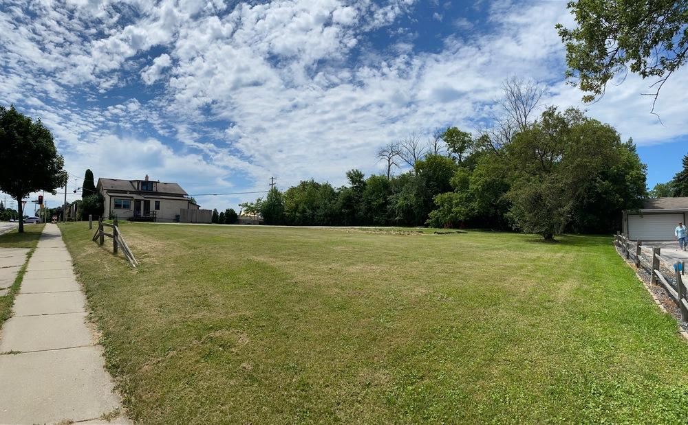 6800 Layton Ave, Greenfield, Wisconsin 53220, ,Vacant Land,For Sale,Layton Ave,1701660