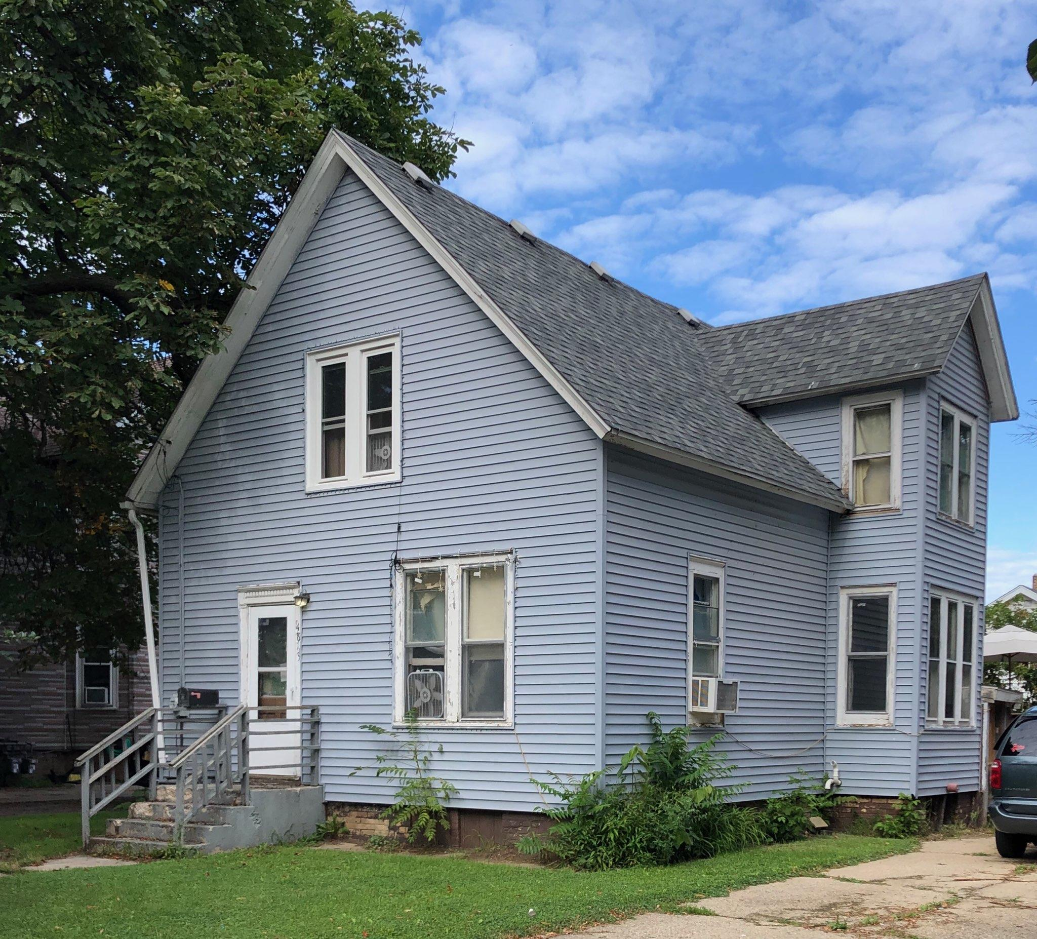 4813 14th Ave, Kenosha, Wisconsin 53140, 4 Bedrooms Bedrooms, ,1 BathroomBathrooms,Single-family,For Sale,14th Ave,1702810