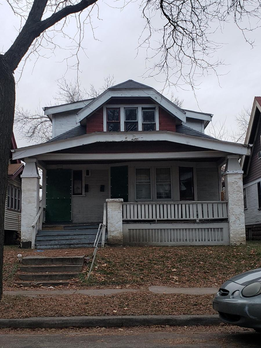 3032 24th Pl, Milwaukee, Wisconsin 53206, ,Two-family,For Sale,24th Pl,1704318