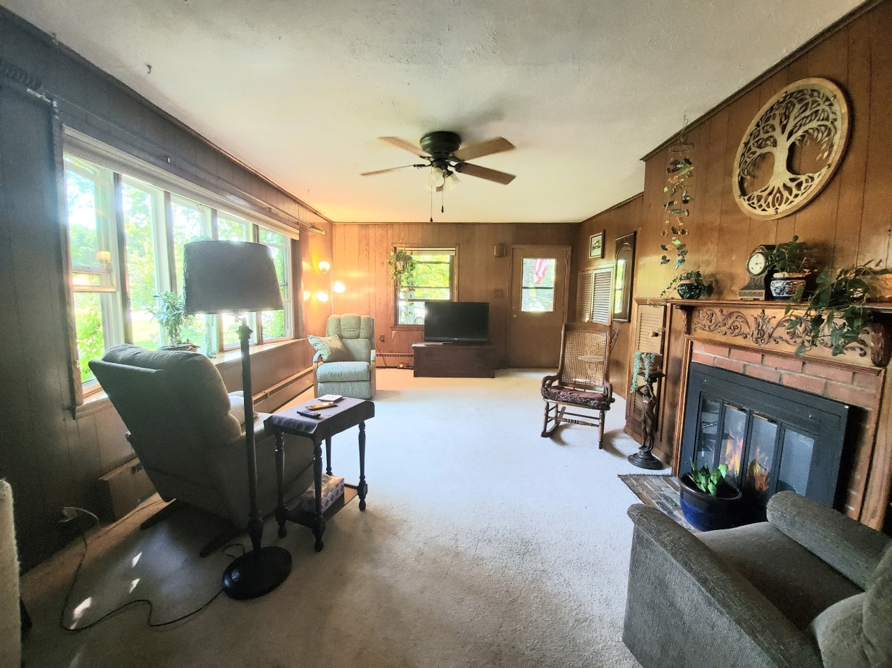3413 12th St, Sheboygan, Wisconsin 53083, 4 Bedrooms Bedrooms, 7 Rooms Rooms,1 BathroomBathrooms,Single-family,For Sale,12th St,1706059