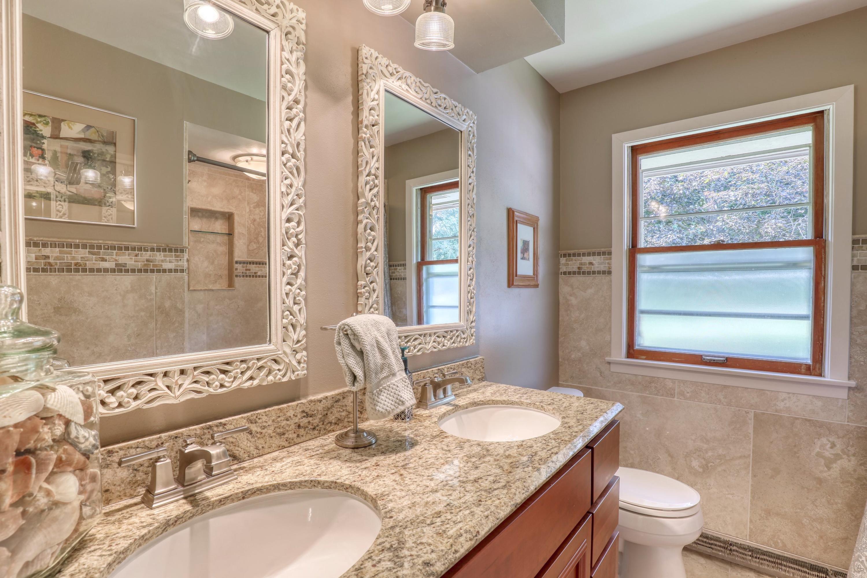 W199N9355 Wellington Dr, Menomonee Falls, Wisconsin 53051, 4 Bedrooms Bedrooms, 9 Rooms Rooms,2 BathroomsBathrooms,Single-family,For Sale,Wellington Dr,1707138