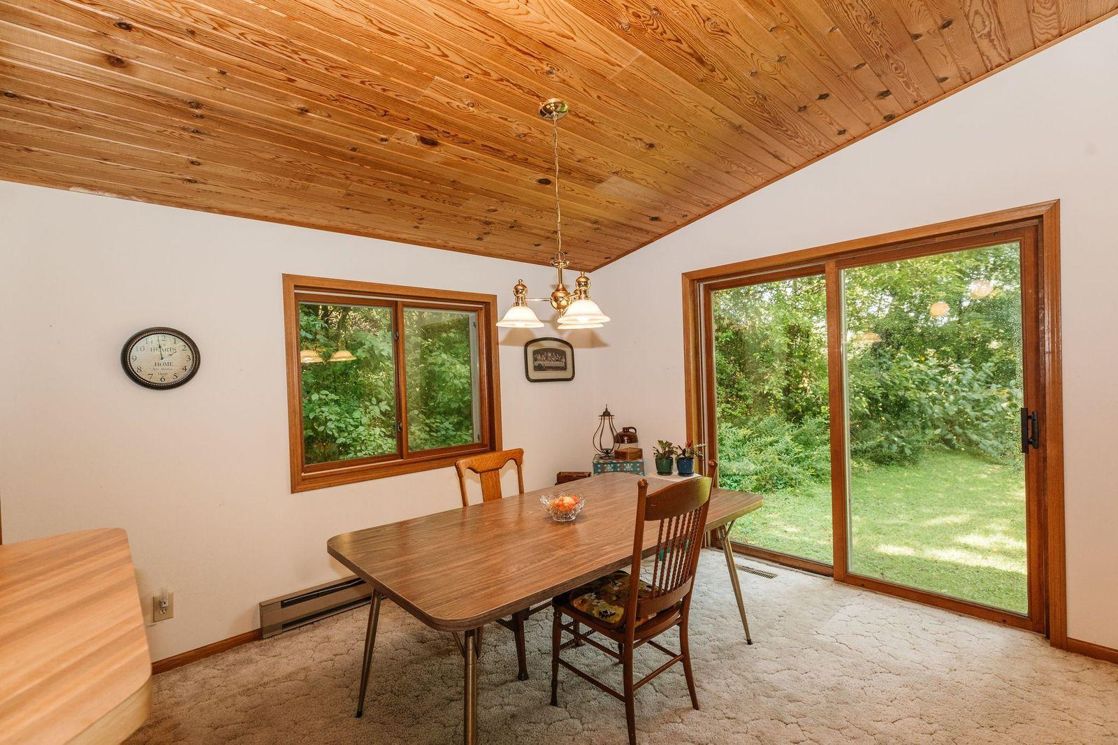 685 Green Bay Dr, Mayville, Wisconsin 53050, 3 Bedrooms Bedrooms, ,1 BathroomBathrooms,Single-family,For Sale,Green Bay Dr,1707203