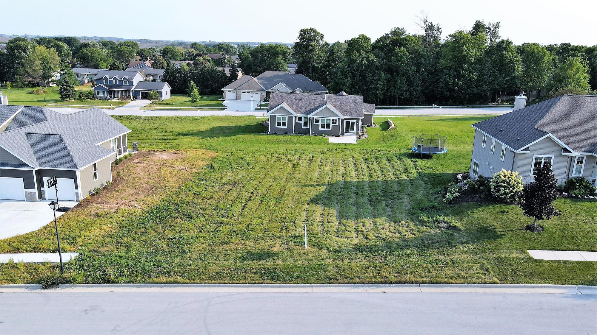 Lt16 Douglas Dr, Plymouth, Wisconsin 53073, ,Vacant Land,For Sale,Douglas Dr,1679409