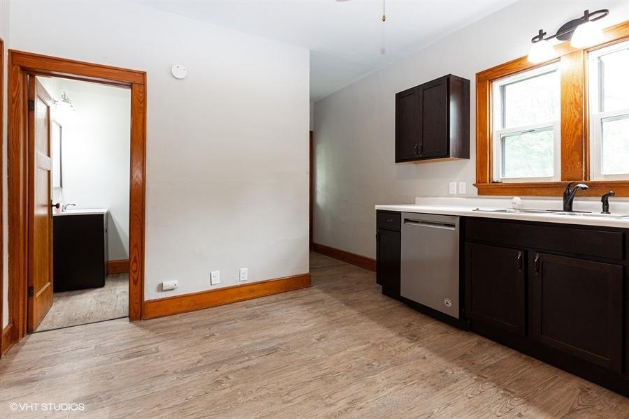 403 Franklin St, Oconomowoc, Wisconsin 53066, 4 Bedrooms Bedrooms, 7 Rooms Rooms,1 BathroomBathrooms,Single-family,For Sale,Franklin St,1709997