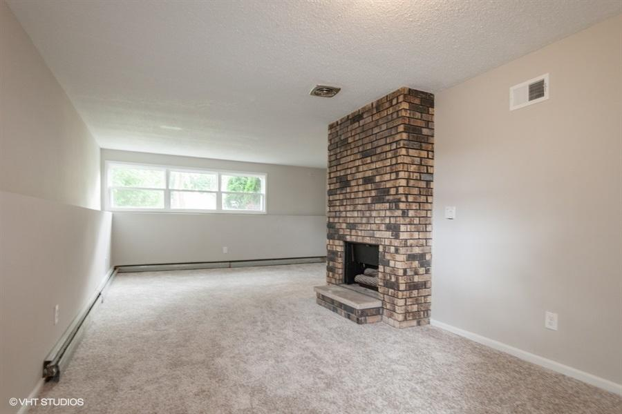 14300 Redwood Dr, New Berlin, Wisconsin 53151, 3 Bedrooms Bedrooms, 7 Rooms Rooms,1 BathroomBathrooms,Single-family,For Sale,Redwood Dr,1711206