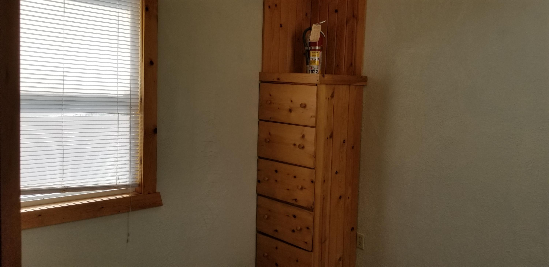 bedroom built in dresser