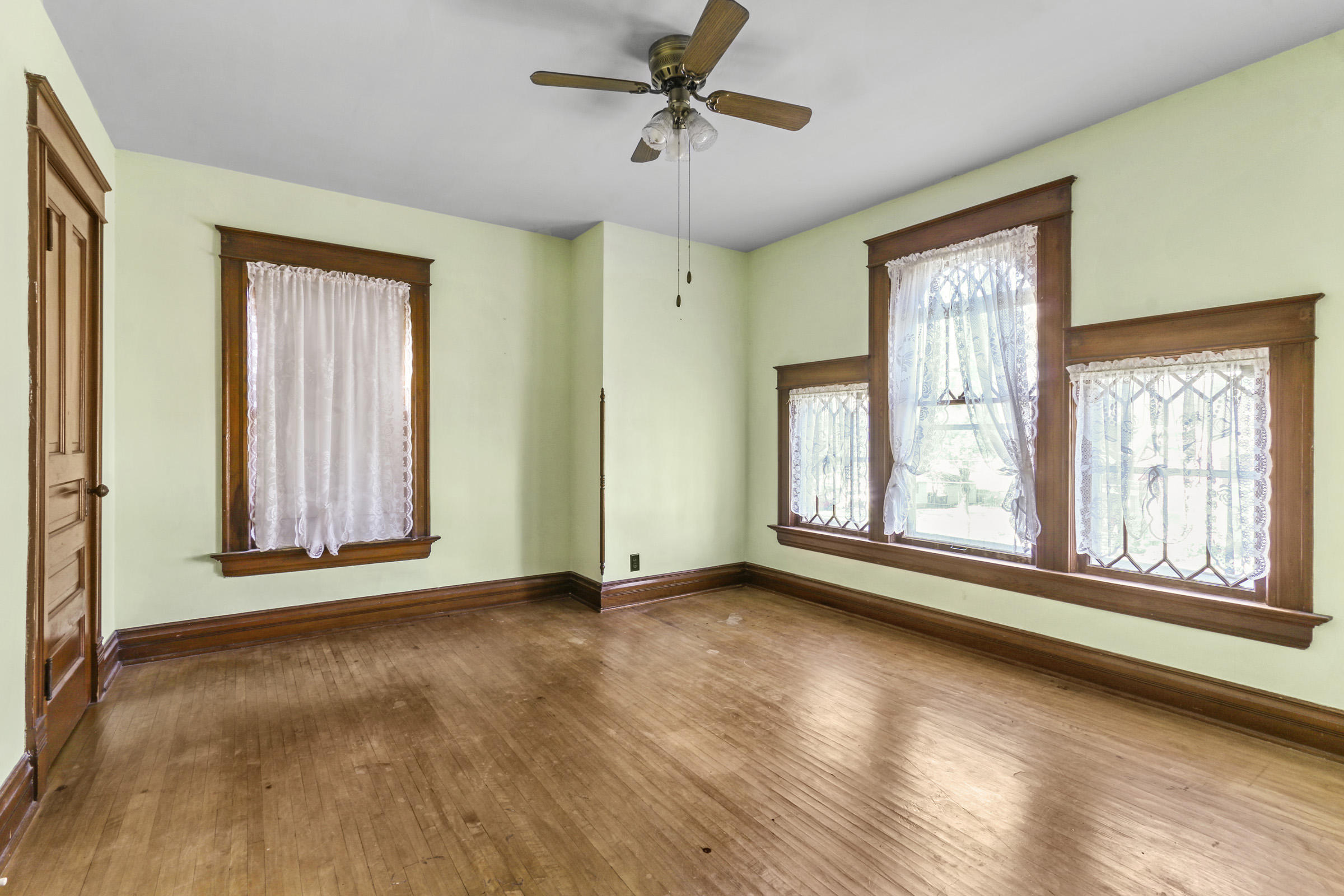 108 Grace St, Sharon, Wisconsin 53585, 4 Bedrooms Bedrooms, 8 Rooms Rooms,1 BathroomBathrooms,Single-family,For Sale,Grace St,1714802