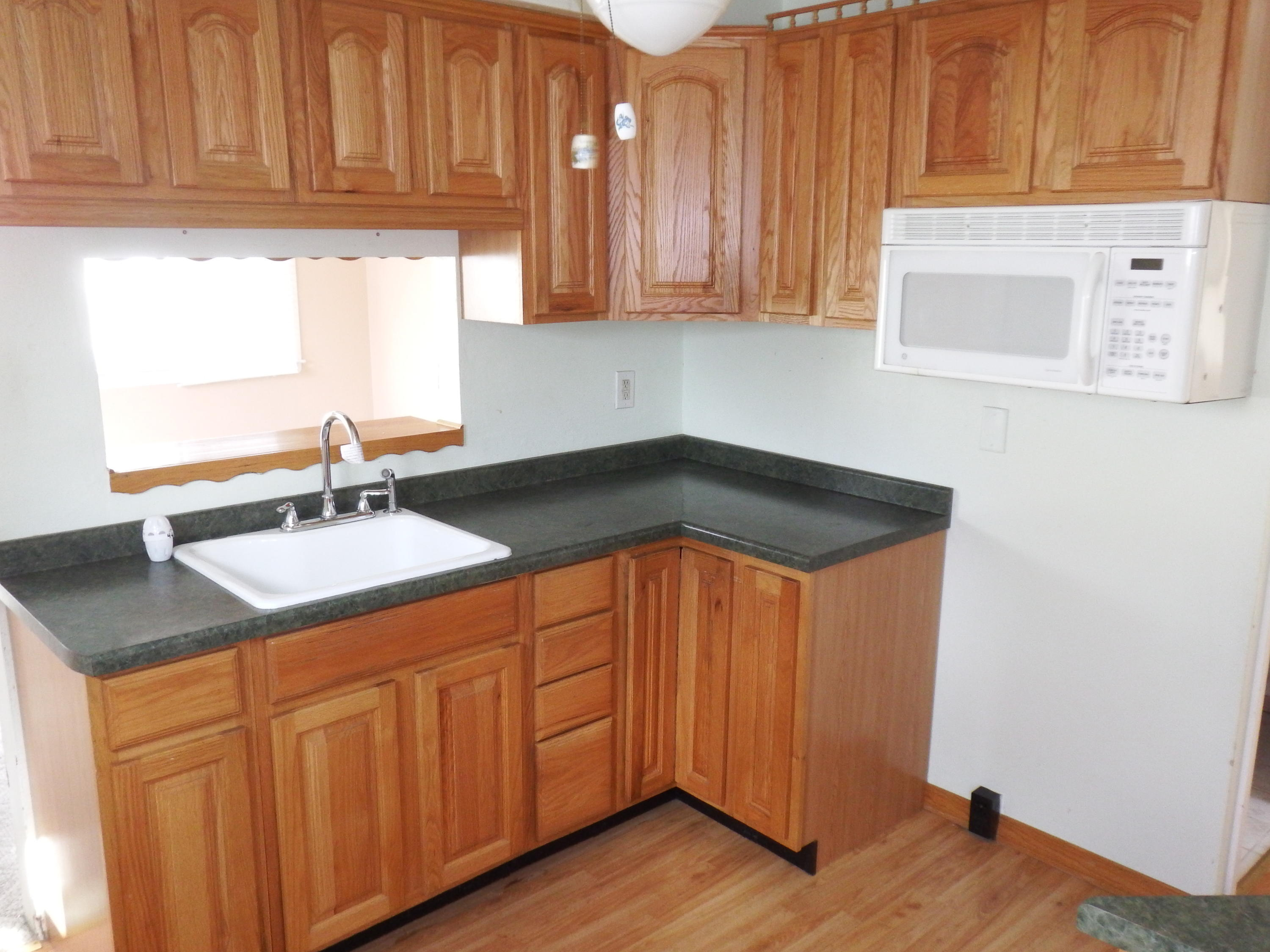 2967 50th St, Milwaukee, Wisconsin 53219, 3 Bedrooms Bedrooms, 6 Rooms Rooms,1 BathroomBathrooms,Single-family,For Sale,50th St,1714954