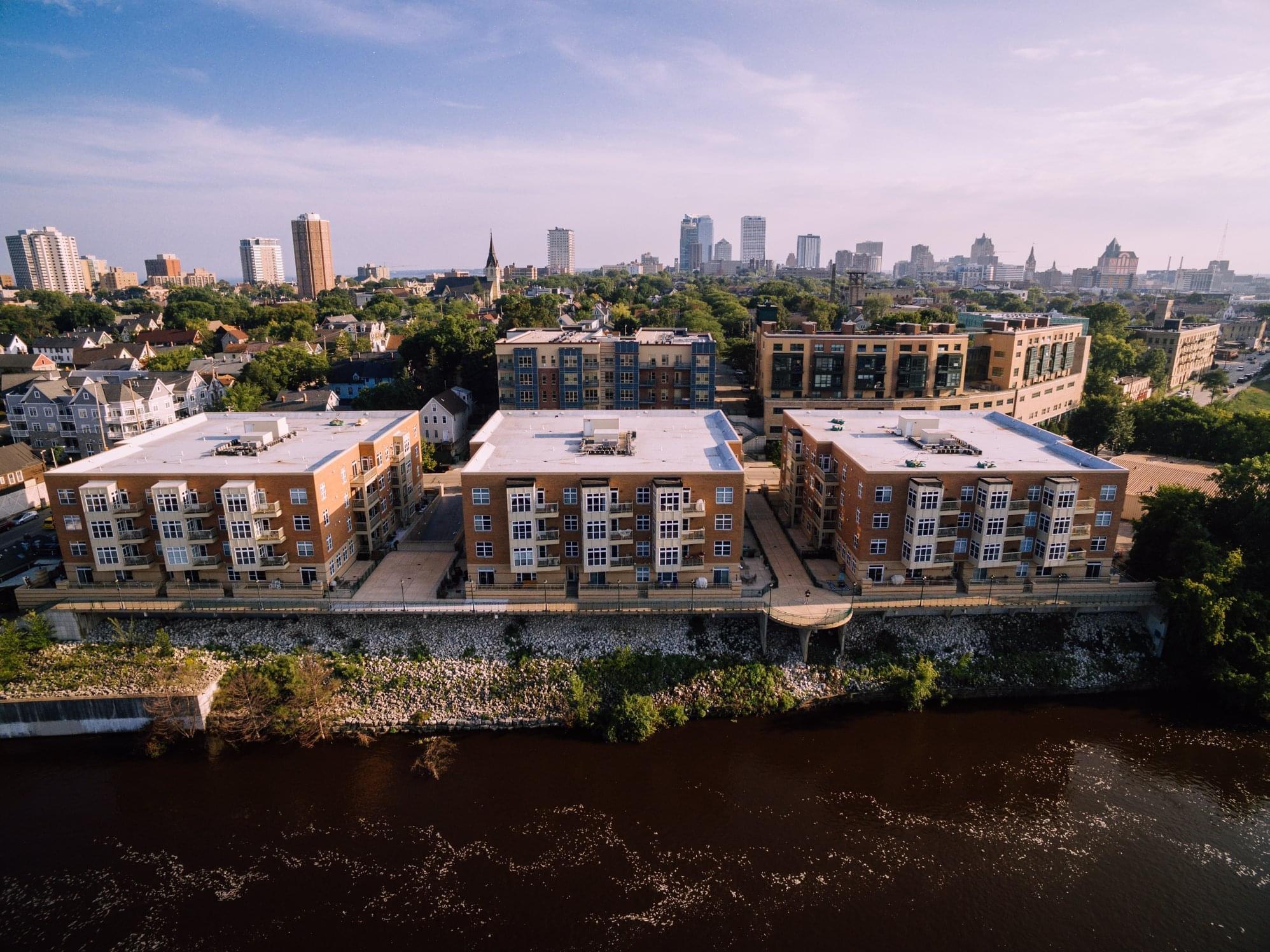 1905 Water St, Milwaukee, Wisconsin 53202, 2 Bedrooms Bedrooms, 4 Rooms Rooms,2 BathroomsBathrooms,Condominium,For Sale,Water St,1719935