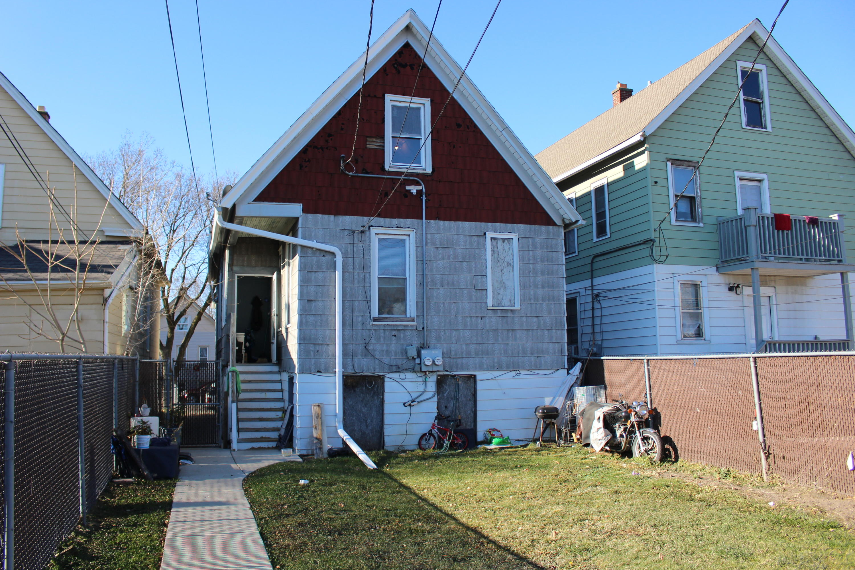 2128 15th St, Milwaukee, Wisconsin 53215, ,Two-family,For Sale,15th St,1721371
