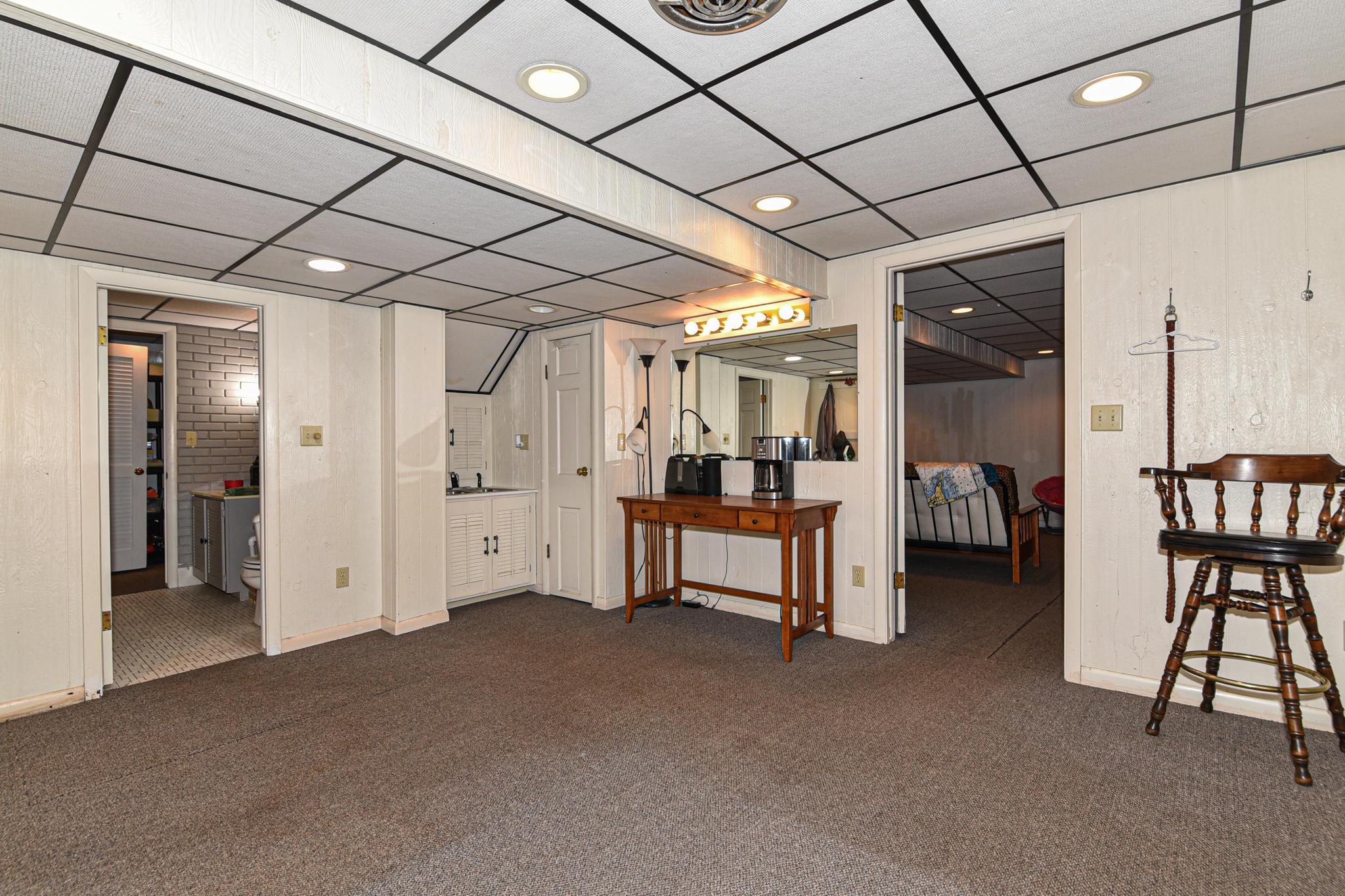 Lower bedroom,den or office