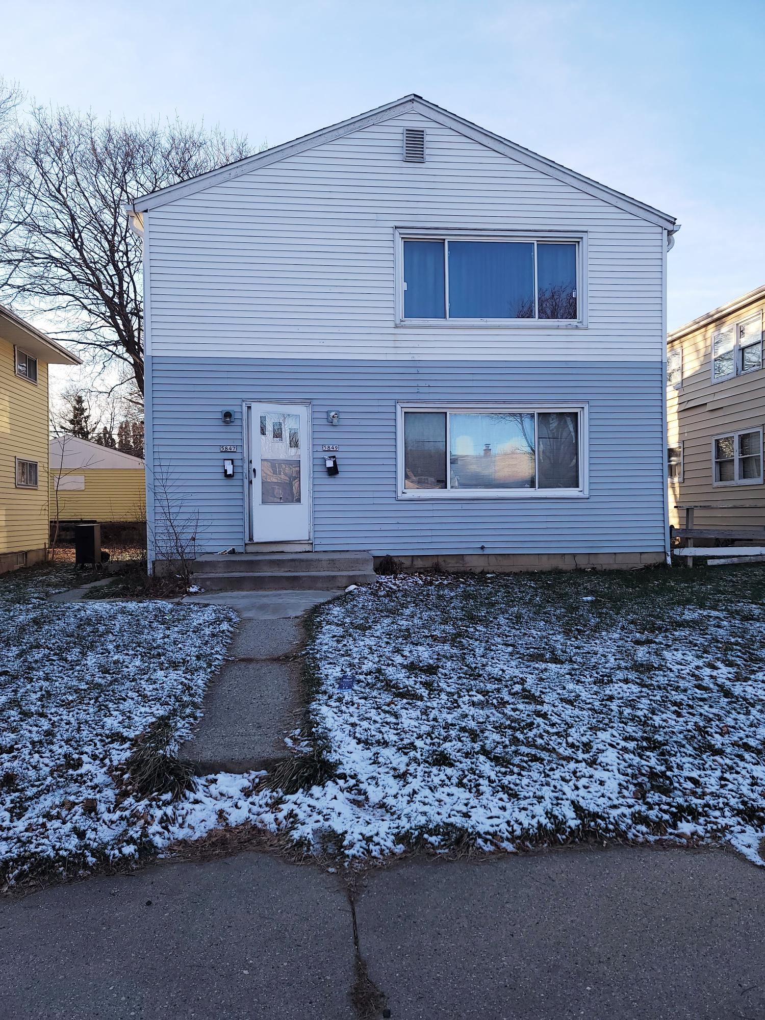 5847 65th St, Milwaukee, Wisconsin 53218, ,Two-family,For Sale,65th St,1721563