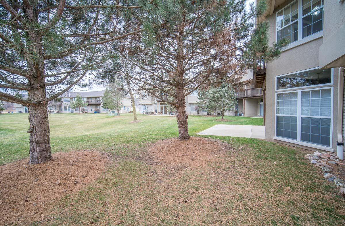 9112 Elm Ct, Franklin, Wisconsin 53132, 3 Bedrooms Bedrooms, 5 Rooms Rooms,2 BathroomsBathrooms,Condominium,For Sale,Elm Ct,1721974